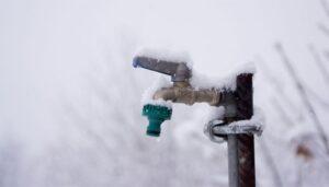 نگهداری از سیستم آبیاری در زمستان